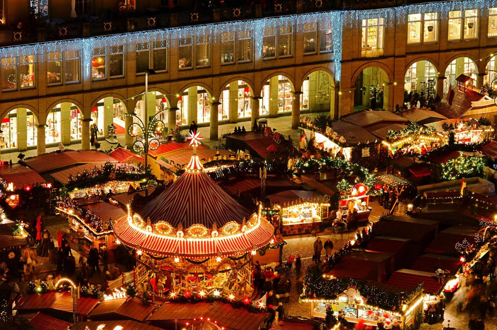 Nclusive Christmas Market Tours From Usa 2021 20 Of The Most Picturesque Christmas Destinations Rough Guides
