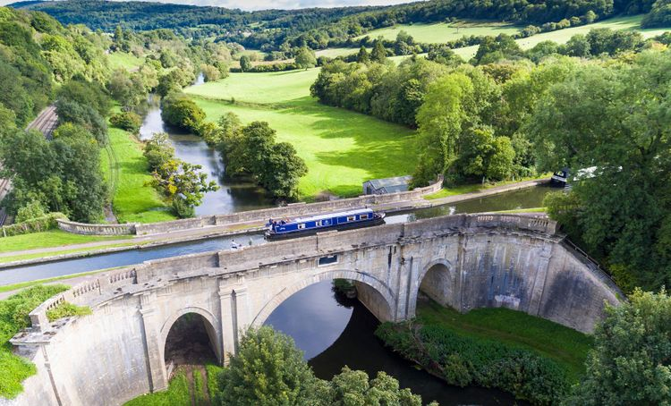 Dundas Aquaduct, Kennet and Avon Canal © The Canal River Trust