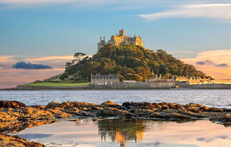 St Michael's Mount in Cornwall © Valery Egorov/Shutterstock