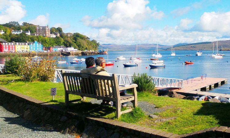 Tobermory, Scotland @ pitch00/Shutterstock