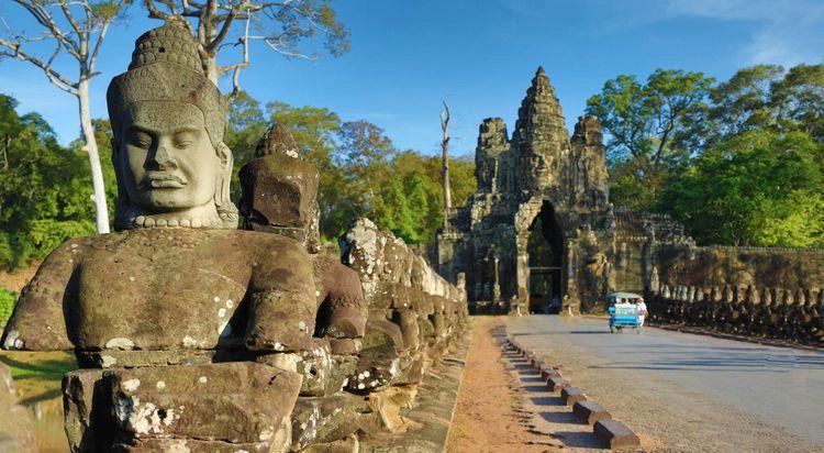 angkor-wat-south-gate-shutterstock_1430690234