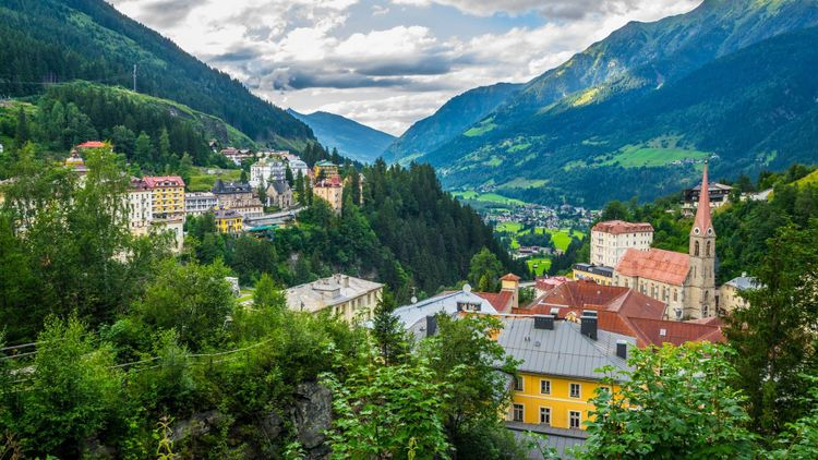 Aerial view of the Austrian ski and spa resort Bad gastein famous for waterwall flowing through ist city center © trabantos/Shutterstock