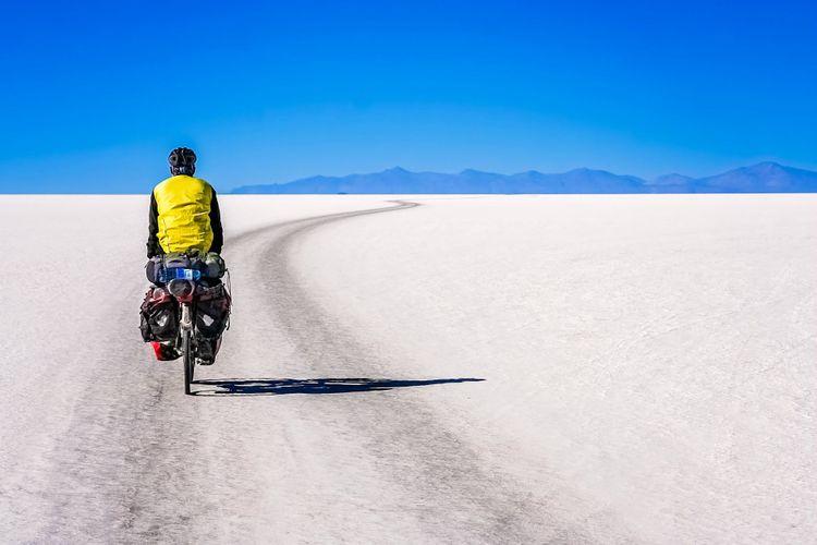 Salar de Uyuni, Bolivia © Pav-Pro Photography Ltd/Shutterstock