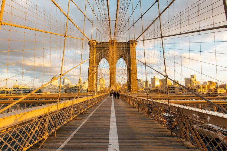 brooklyn-bridge-new-york-shutterstock_548405539