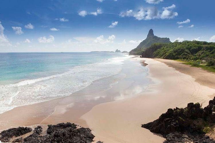 Cacimba do Padre beach, Fernando de Noronha island, Brazi
