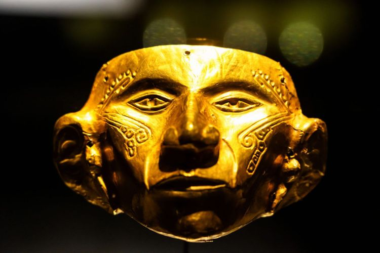 Gold artifacts on display in the Museo del Oro, Bogota
