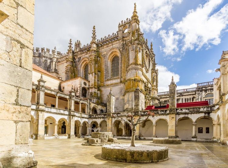 Convent-of-Christ-portugal-shutterstock_653758789