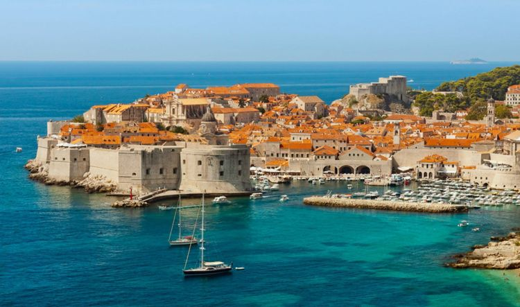 Dubrovnik view - where to find campings in Croatia