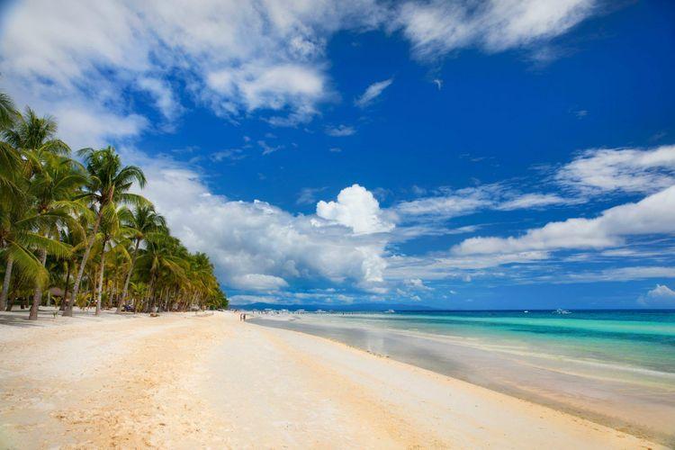 dumaluan-beach-panglao-island-bohol-philippines-shutterstock_1057514468