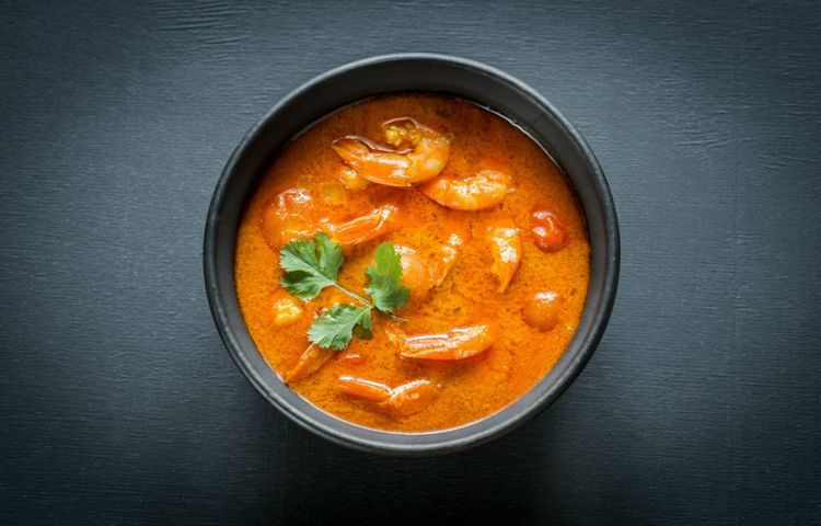 food-yellow-curry-seafood-shutterstock_405224062
