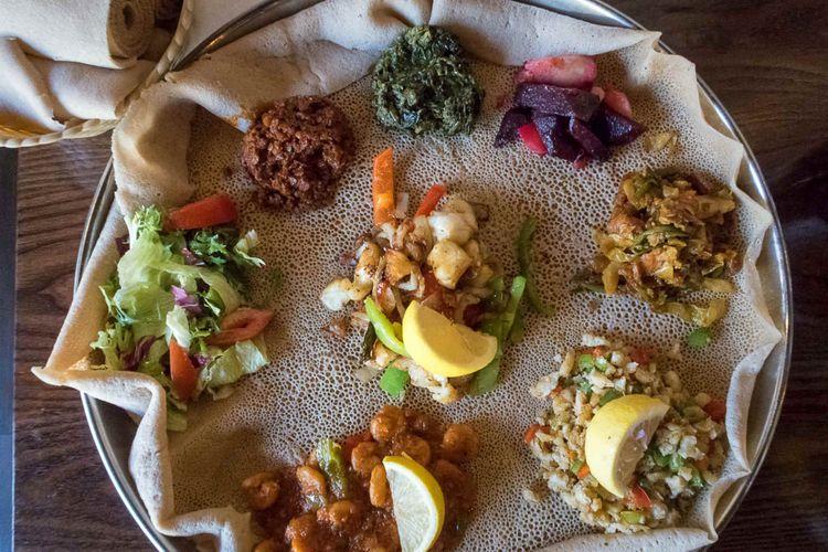 injera-food-ethiopia-eritrea-somalia-djibouti-shutterstock_1150504775