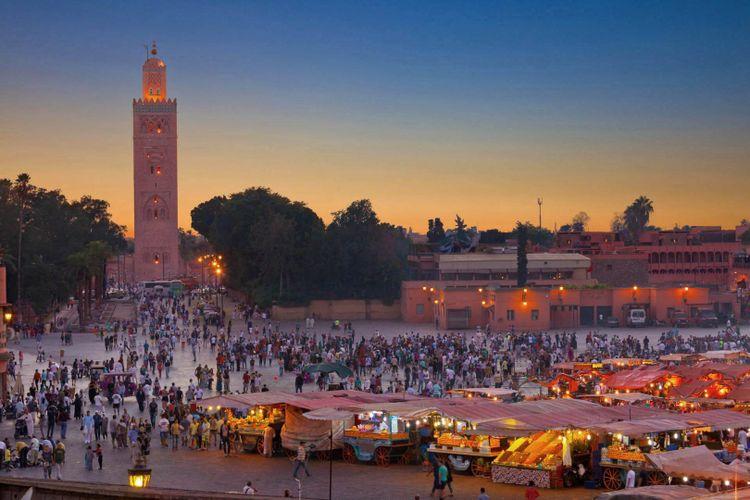 Market and Food Stalls, Djemaa el-Fna, Marrakesh, Morocco, Africa ©  Ivan Soto Cobos/Shutterstock