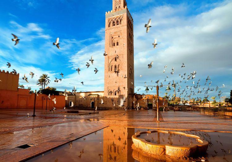 Koutoubia mosque in Marrakech, Morocco © Migel/Shutterstock