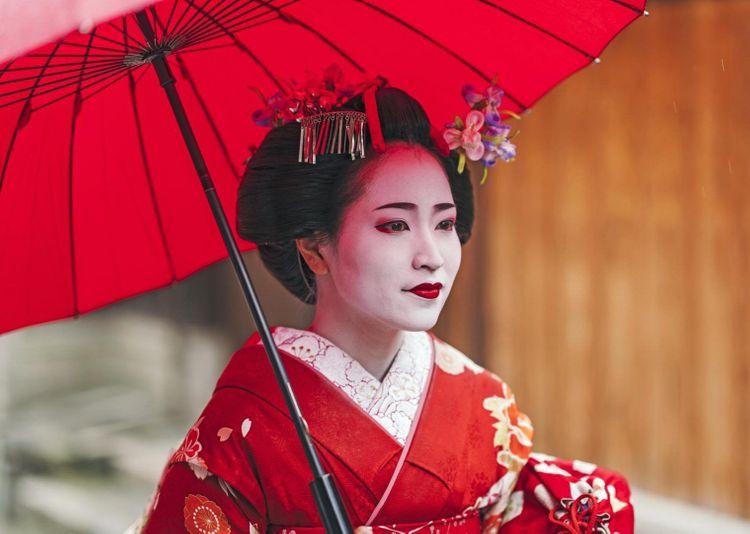 kyoto-geisha-shutterstock_548562244