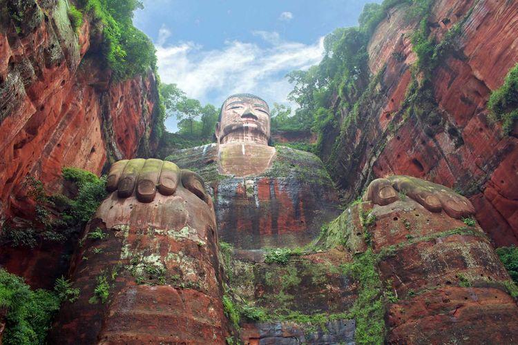 leshan-buddha-shutterstock_43053589