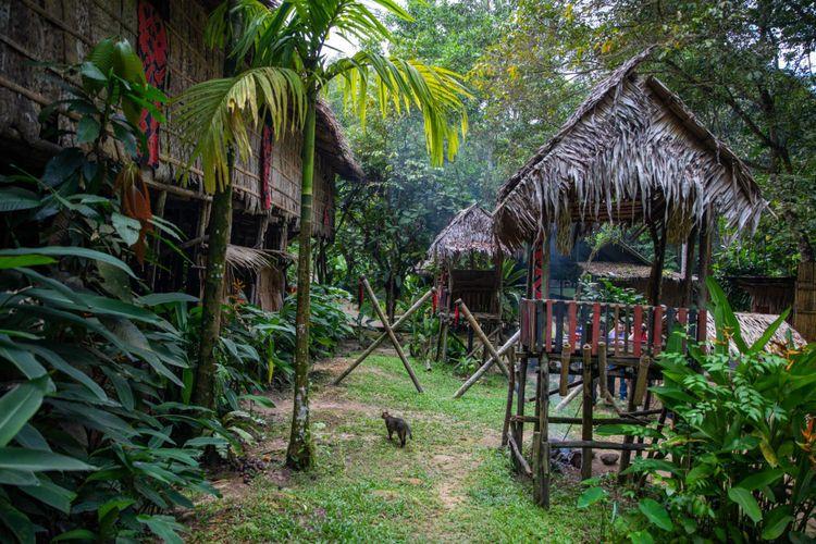 murut-house-sabah-malaysia-shutterstock_1320601916