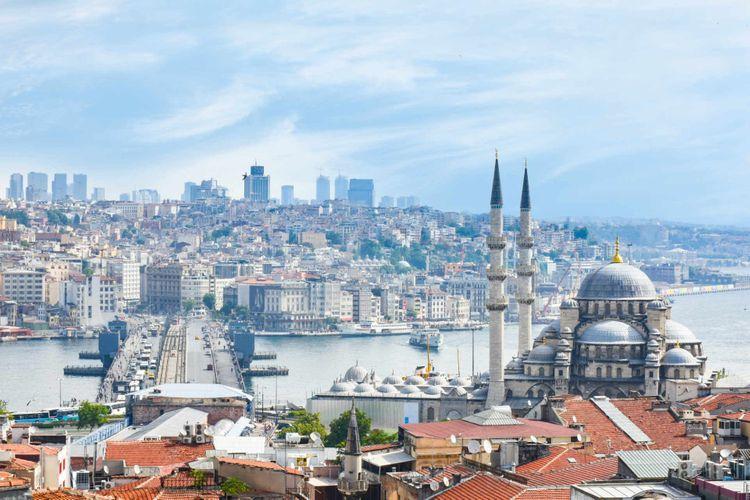 new-mosque-galata-bridge-istanbul-turkey-shutterstock_1306728538
