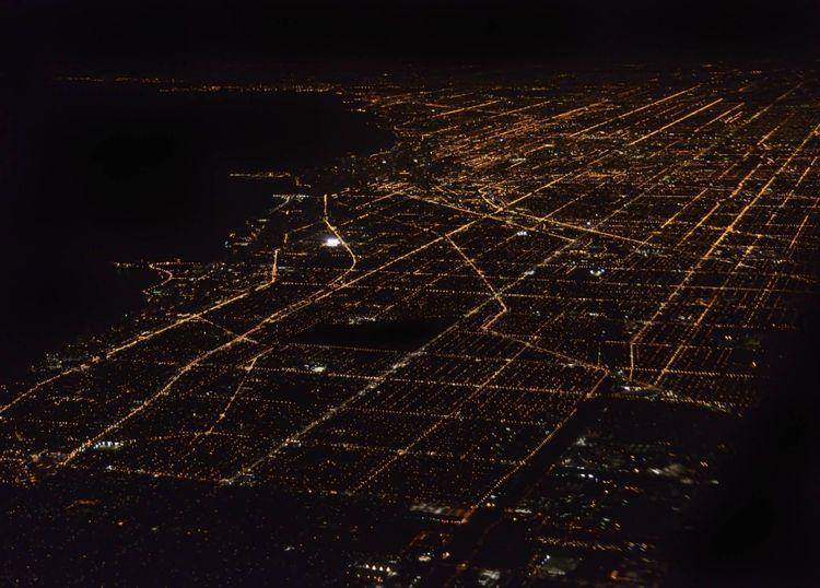 night-panorama-chicago-usa-shutterstock_154326566