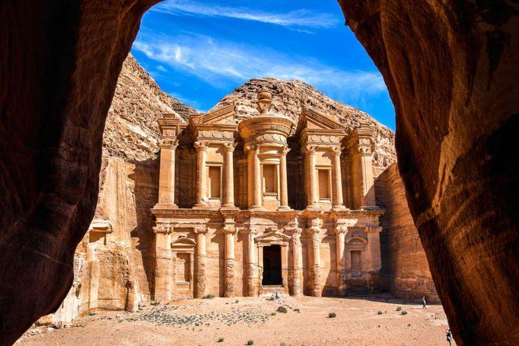petra-jordan-shutterstock_1030695769