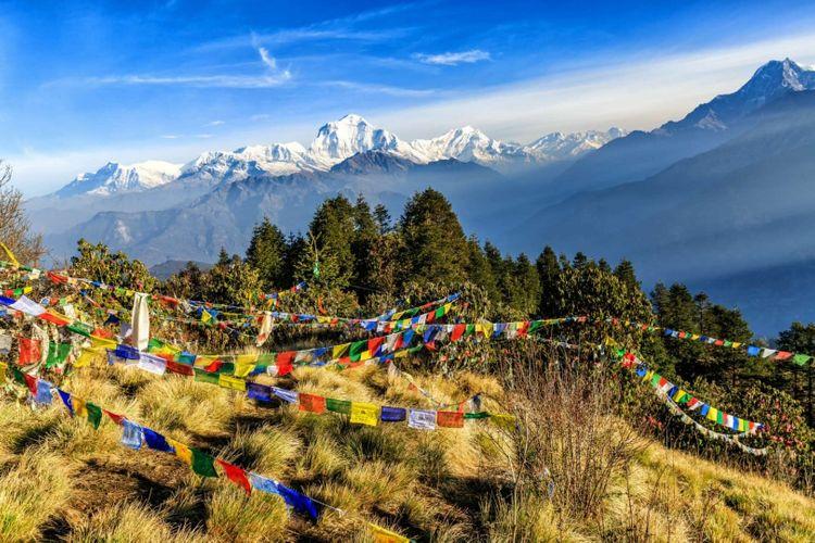 poon-hill-himalaya-nepal-shutterstock_688881139
