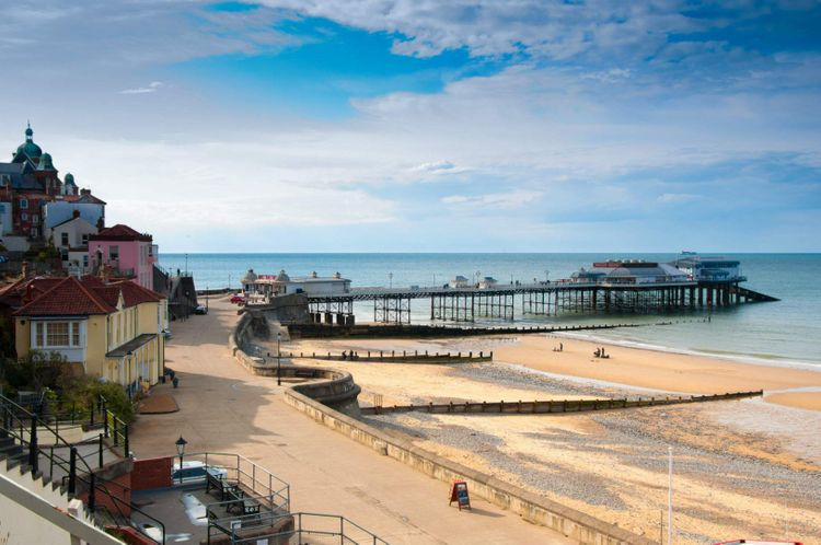 promenade-cromer-pier-norfolk-england-shutterstock_97640522