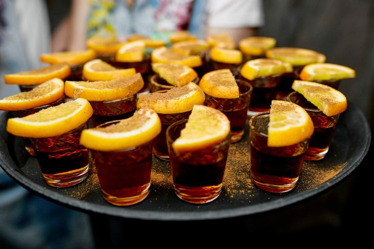 rum-bacardi-lemon-shutterstock_785368390