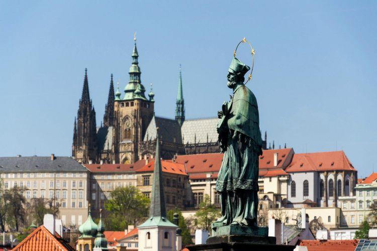saint-john-nepomuk-st-vitus-cathedral-prague-czech-republic-shutterstock_1074795503