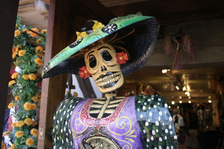 Mexican calavera in San Diego old town