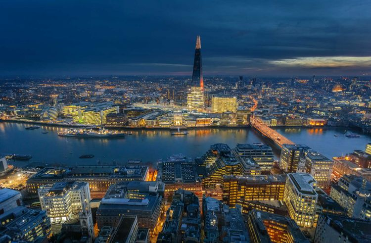 skyline-night-london-shutterstock_1173887779