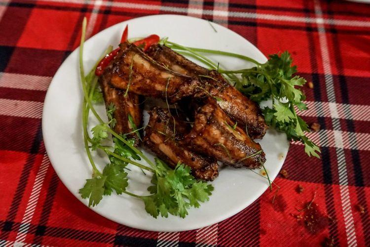 snake-food-vietnam-shutterstock_533717803