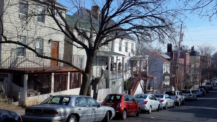 Neighborhood of St George on Staten Island, NYC © James Wagstaff/Shutterstock