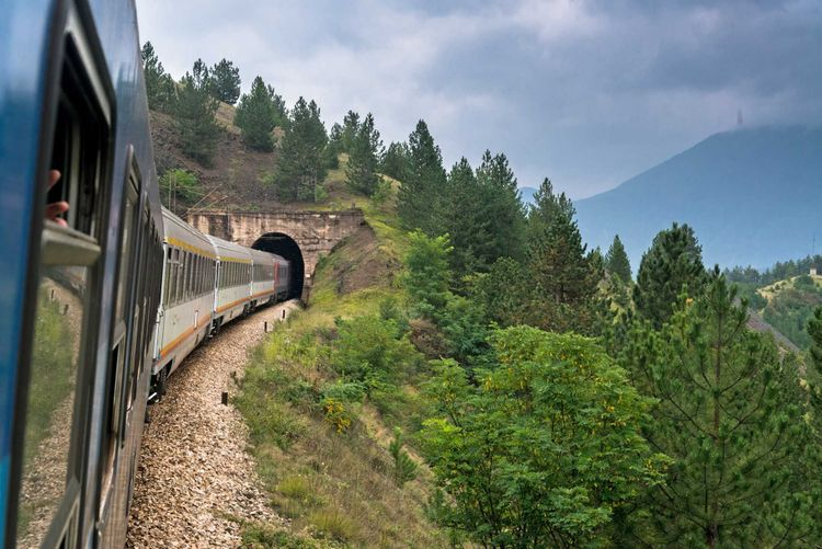 train-serbia-belgrade-podgorica-shutterstock_481287193