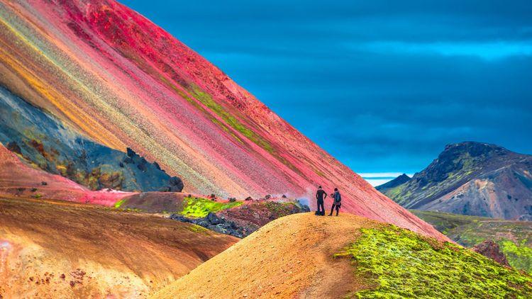 Beautiful colorful volcanic mountains Landmannalaugar in Iceland © Oleg Senkov/Shutterstock