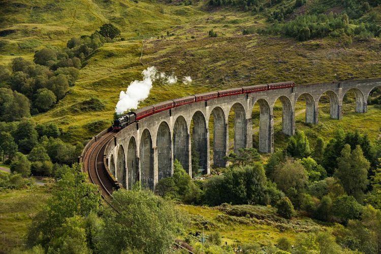west-highland-line-scotland-shutterstock_744577537