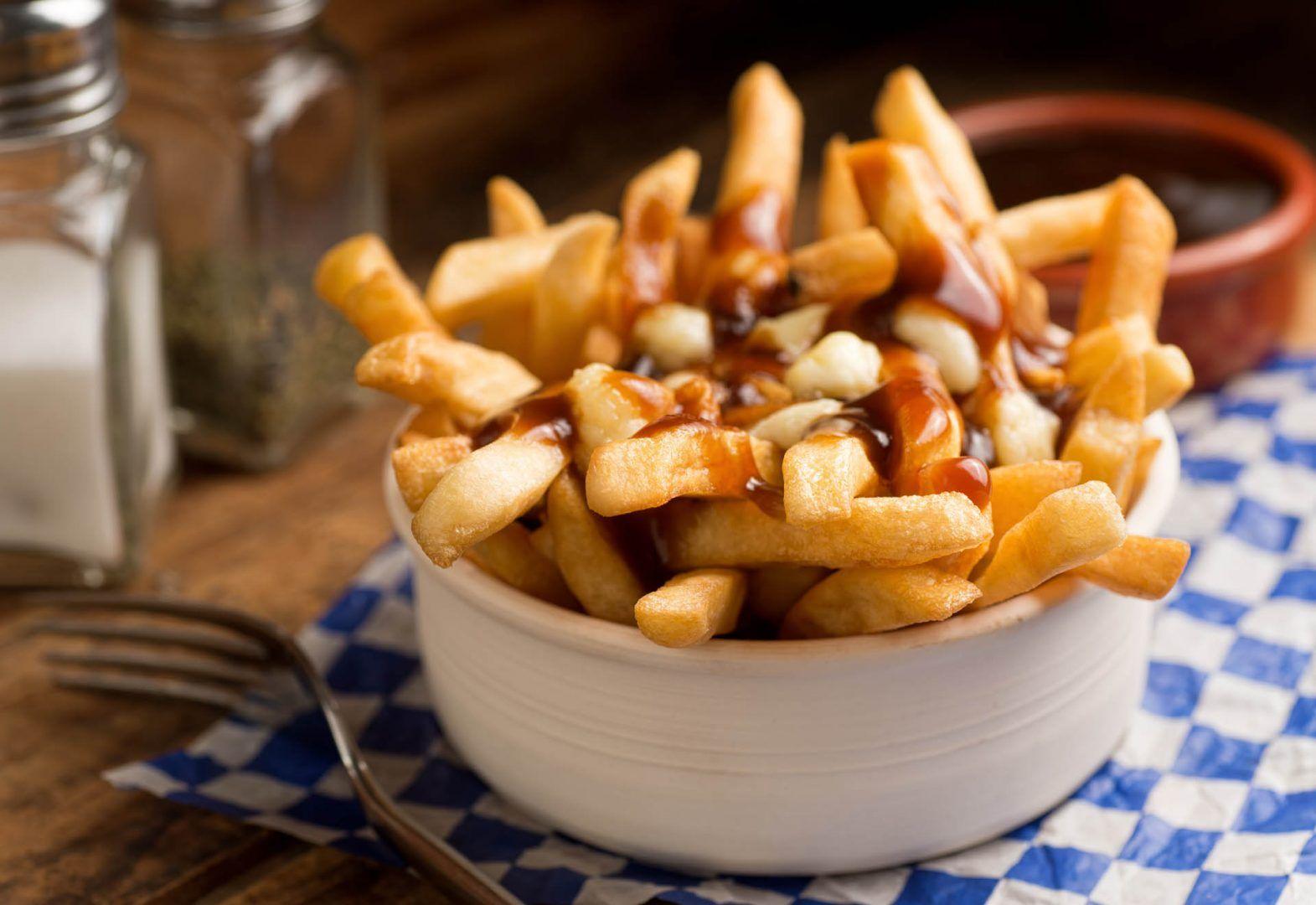 Poutine-Canada-street food mondo street food nel mondo cibo da strada